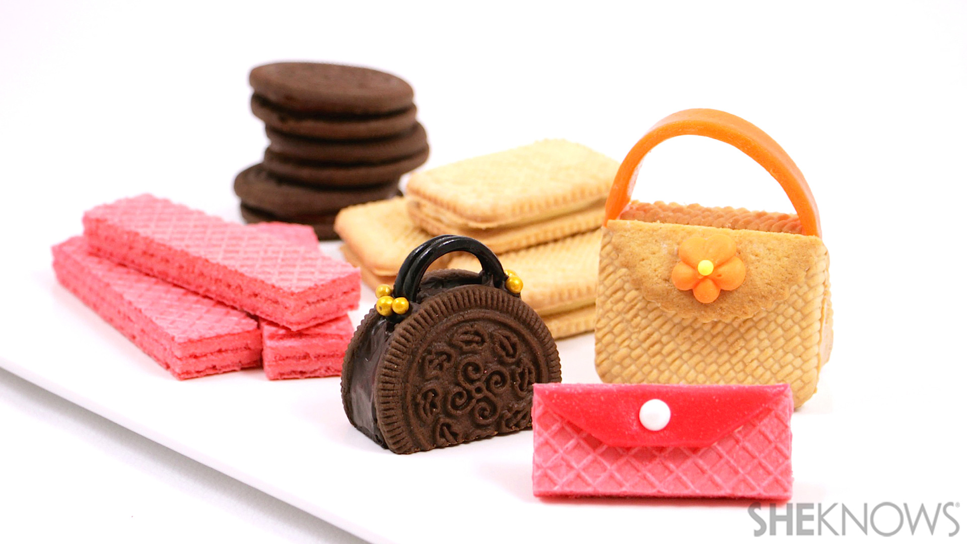 These cookie purses are entirely edible (and adorable!)