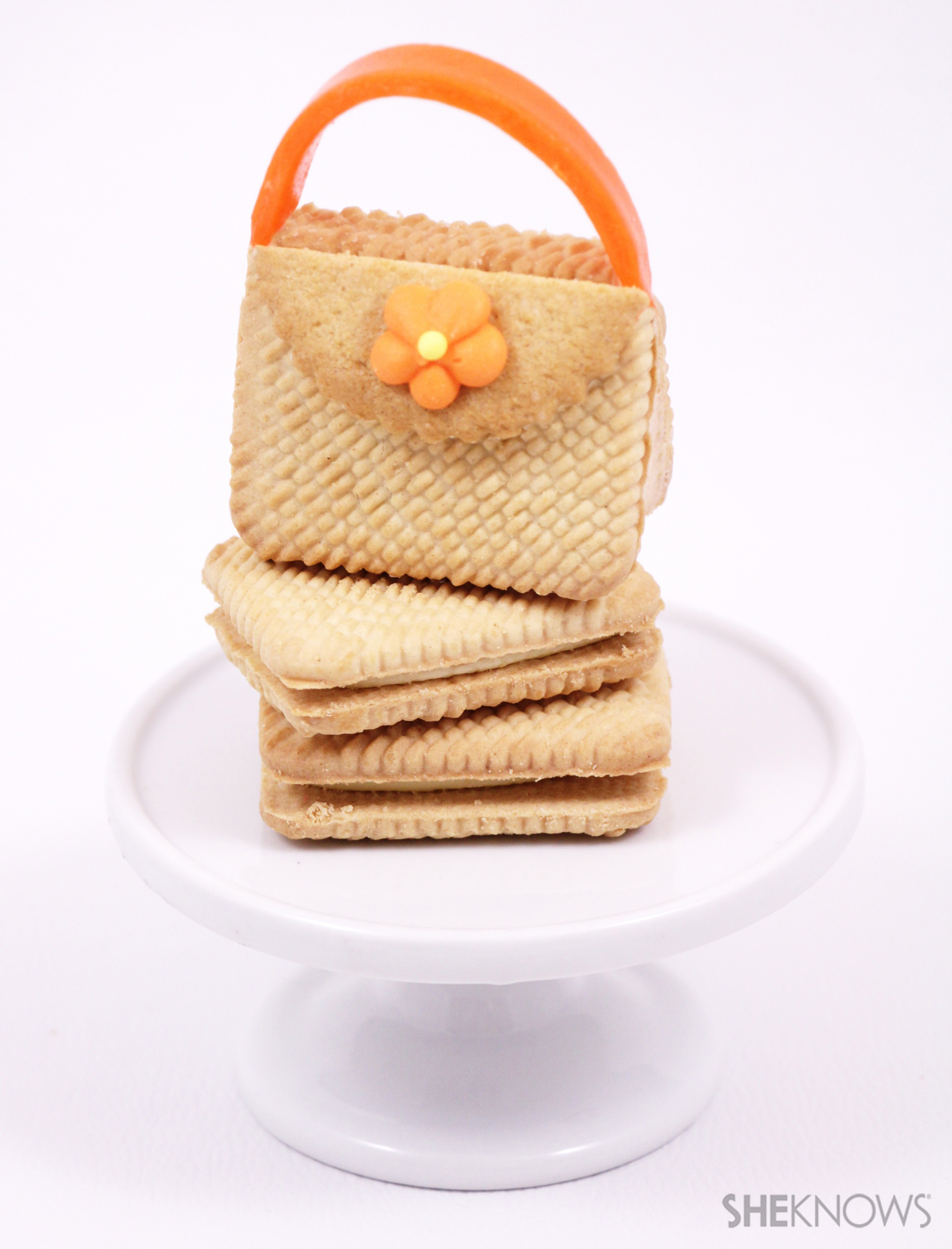 Tasty trendy tote cookies