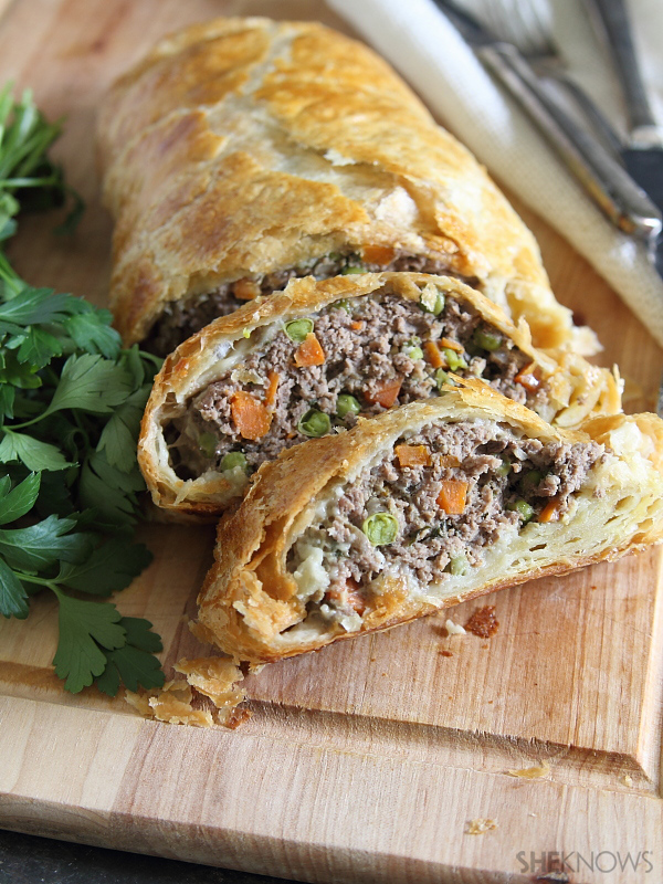Easy ground beef wellington
