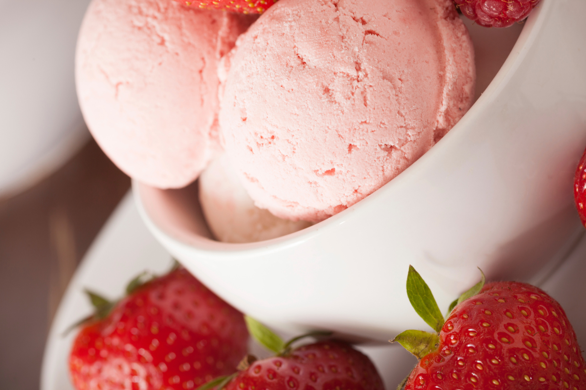 Vanilla or strawberry ice cream
