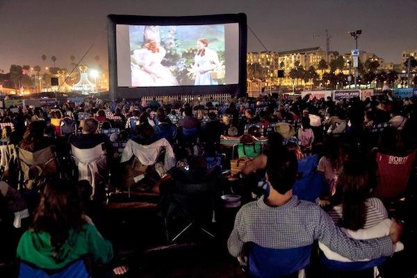 EatSeeHear outdoor movie events | Sheknows.com