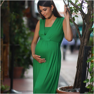 Clothing items every mom-to-be needs