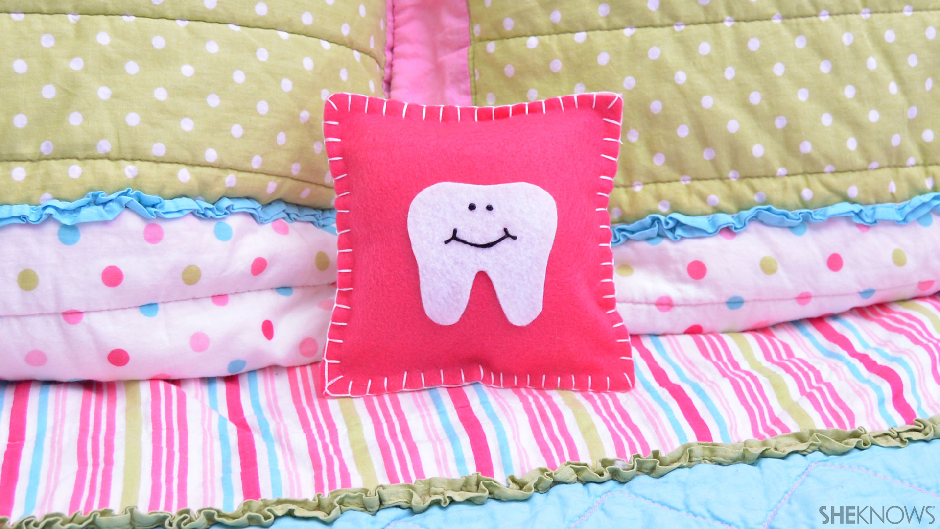 Tooth fairy pillow | Sheknows.com
