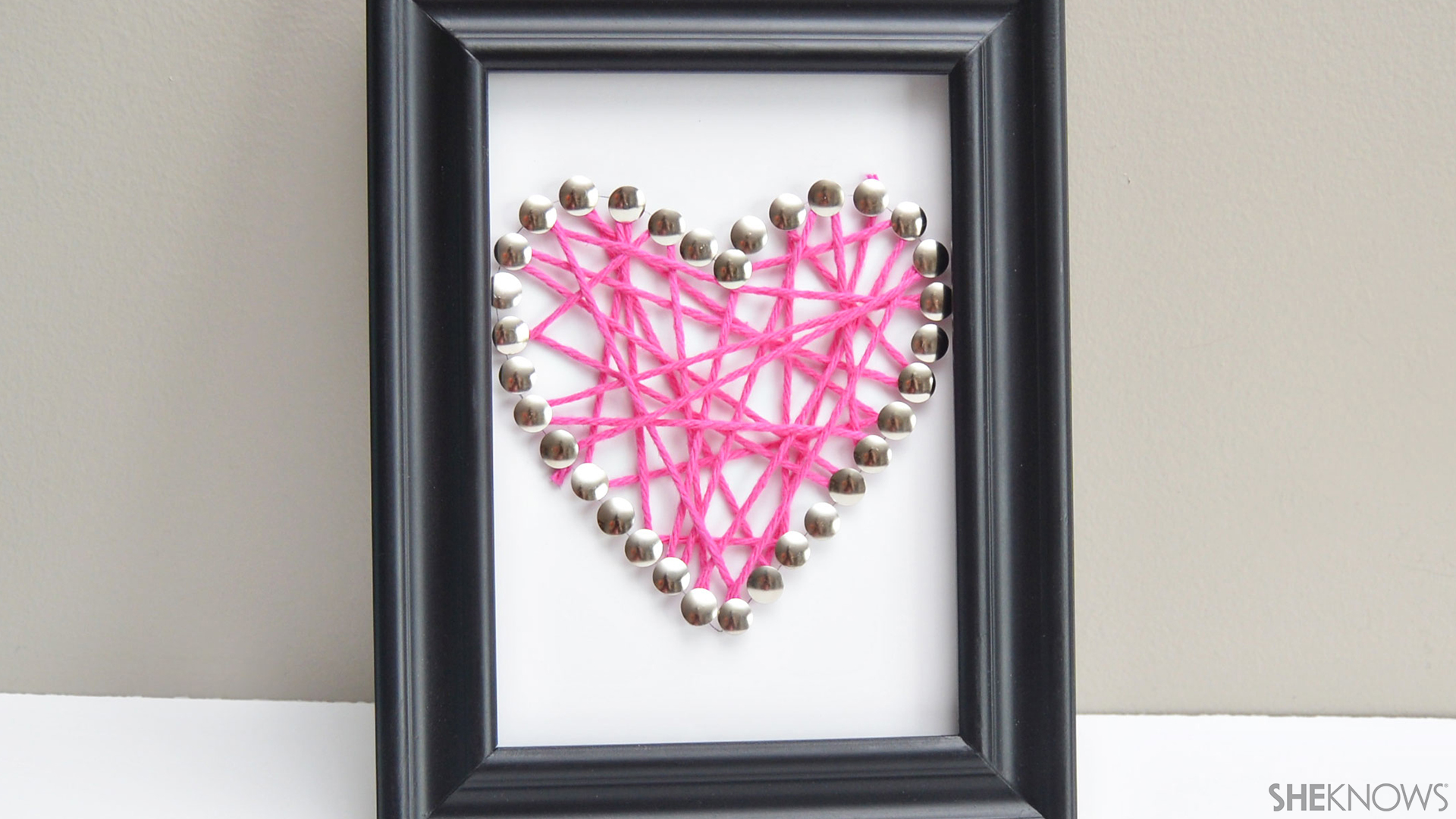 Push pin string art | Sheknows.com