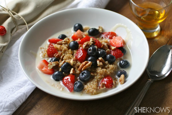 Cinnamon breakfast quinoa with berries and nuts