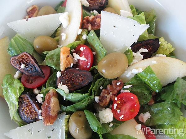allParenting Fig & Olive salad