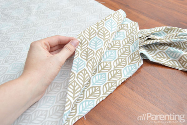 allParenting Table Cloth Mei Tai step 5