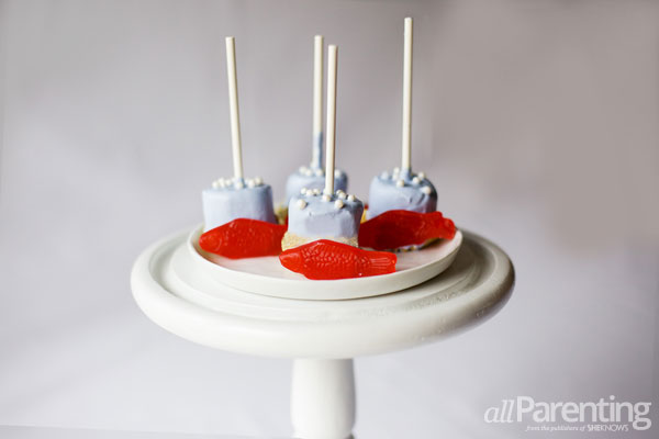 allParenting Under the sea marshmallow pops