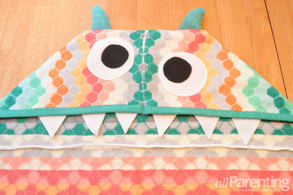 allParenting DIY monster hooded bath towel step 8