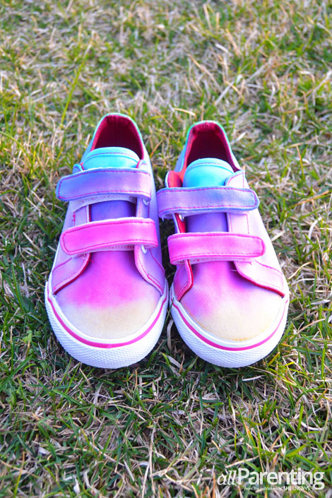 allParenting tie dye shoes