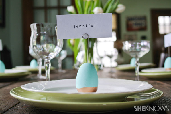 Decorating ideas for easter dinner for Easter dinner table setting ideas