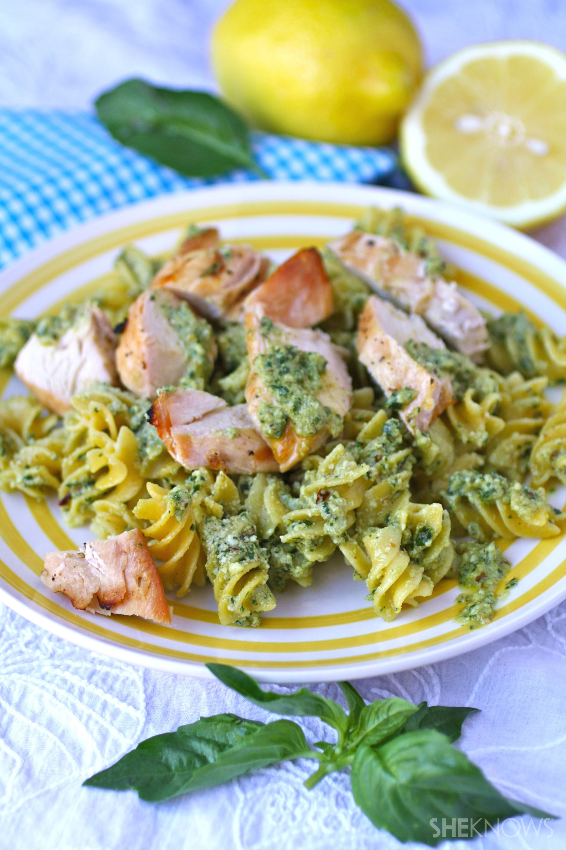 Gluten-free spicy lemon-pesto pasta with chicken