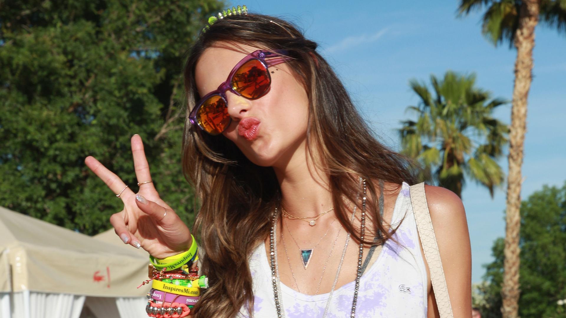 Alessandra Ambrosio wearing sunglasses
