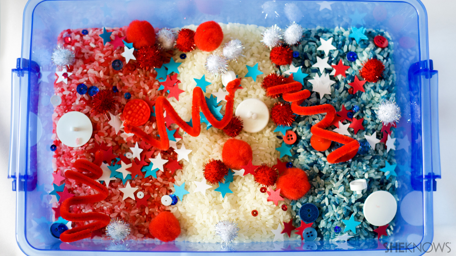 Patriotic sensory tub | Sheknows.com - step three