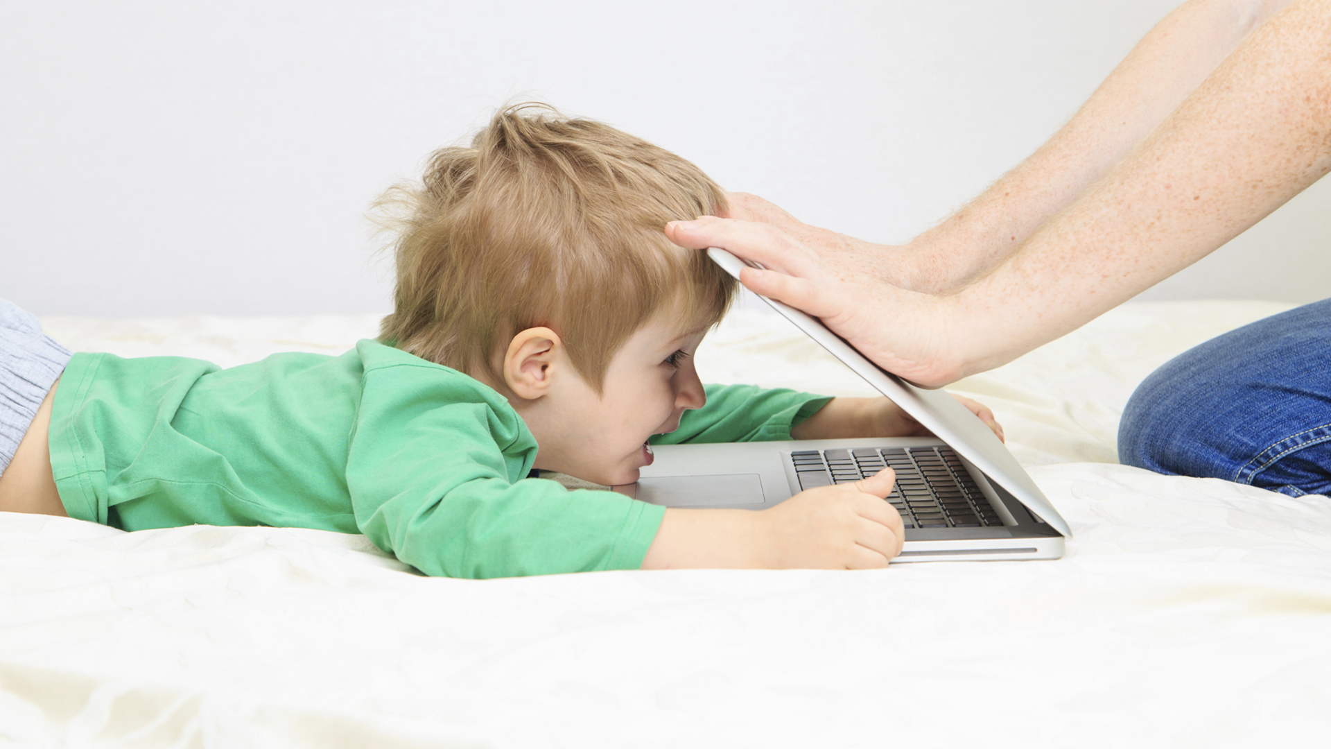 Child addicted to computer | Sheknows.com