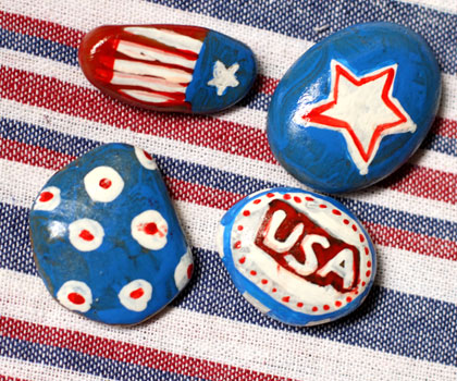 Patriotic table weight | Sheknows.com