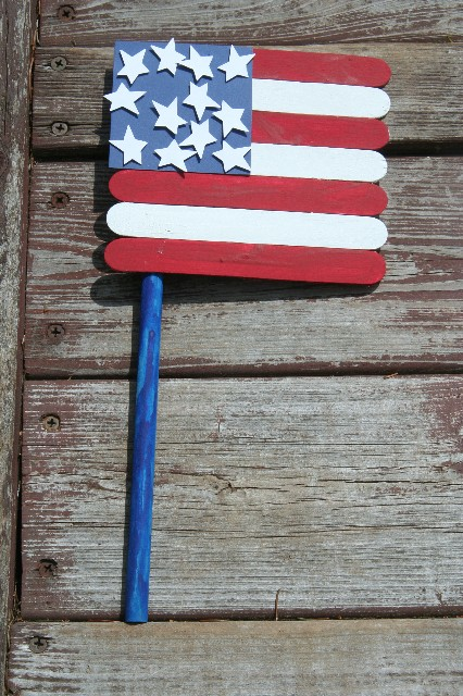 Rustic flag craft | Sheknows.com