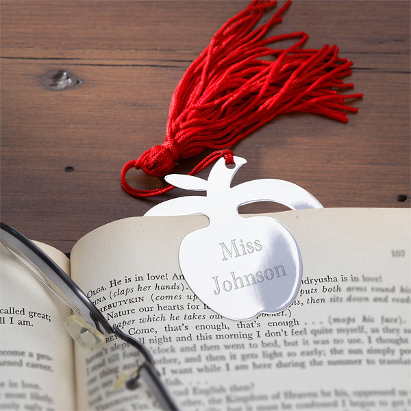 Personalized bookmark | Sheknows.com