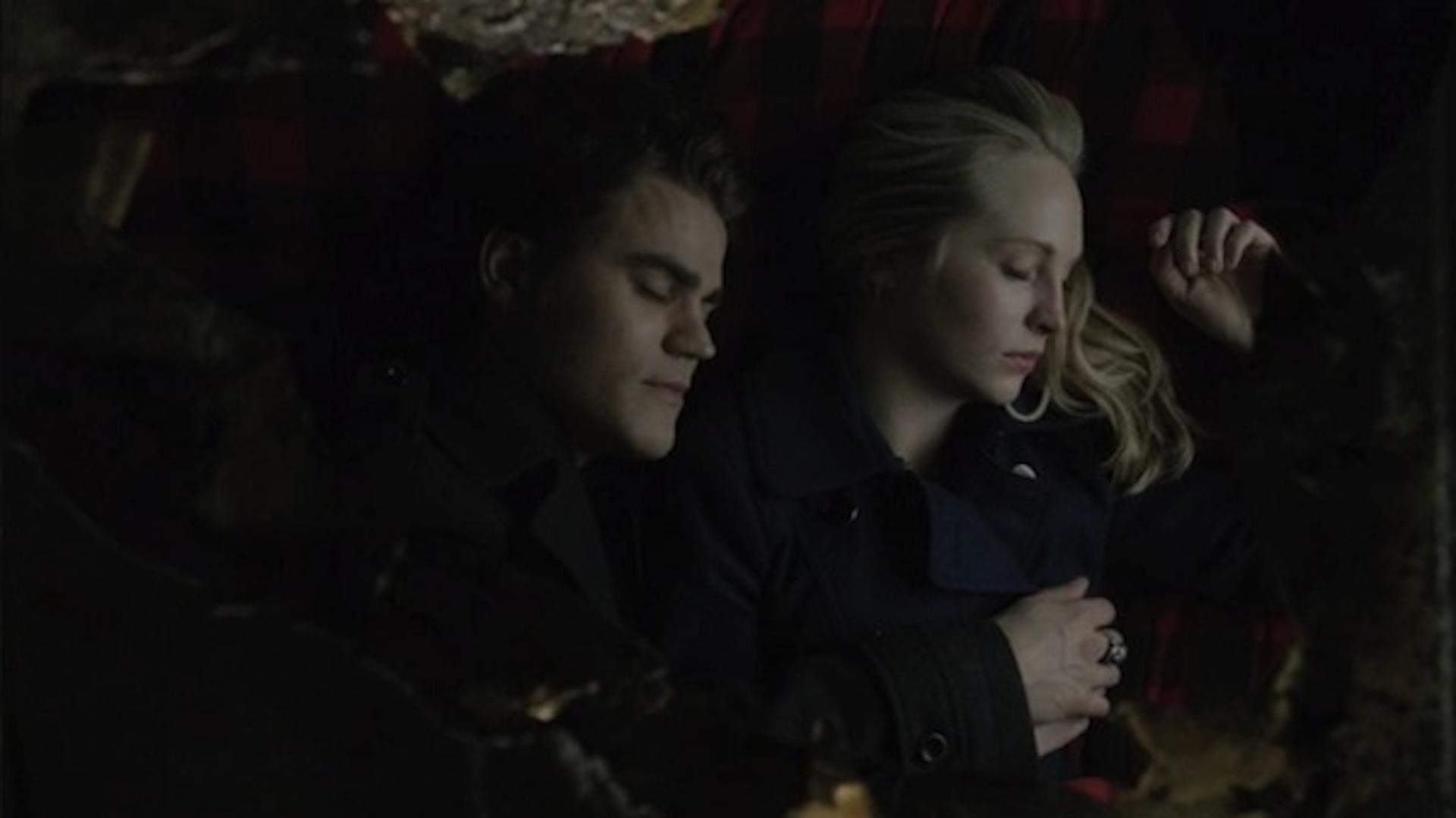 Stefan and Caroline cuddle in The Vampire Diaries