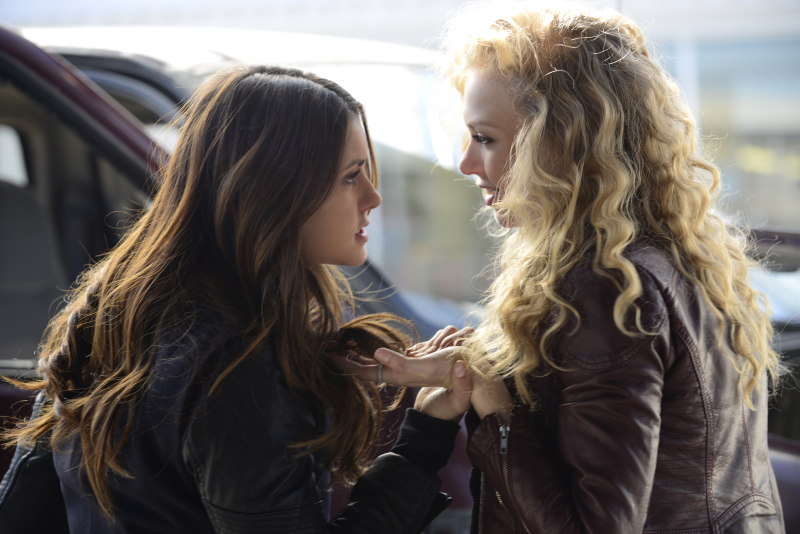 Elena and Liv fight in The Vampire Diaries