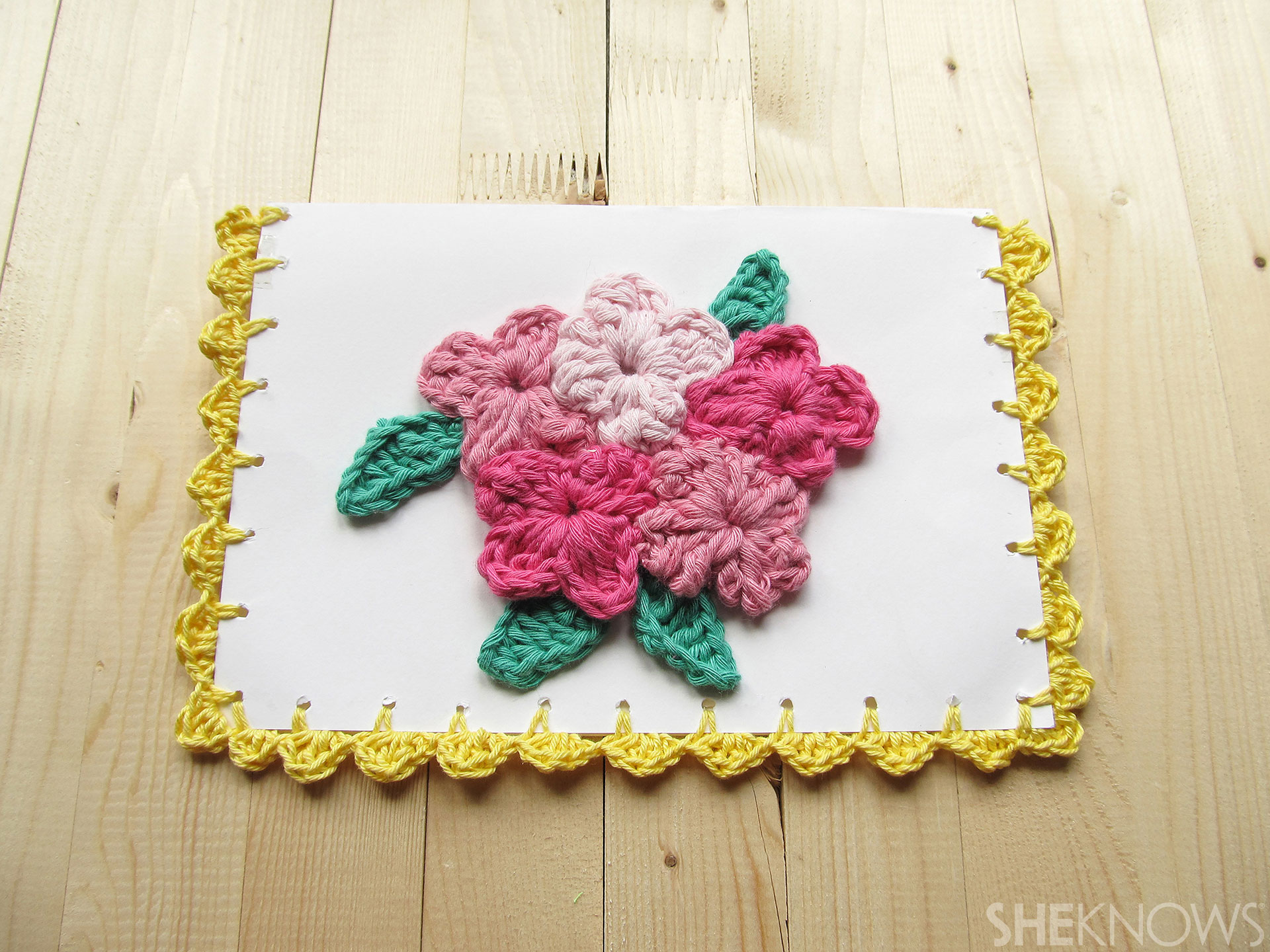 DIY Crocheted Mother's Day card: finished