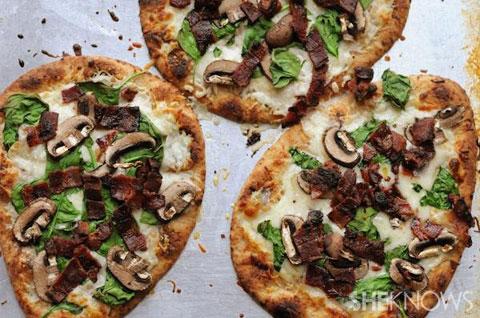 Portabello spinach bacon pizza