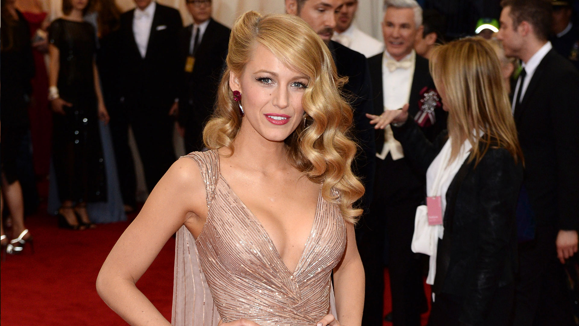 Get The Look Blake Lively S Met Gala Hair