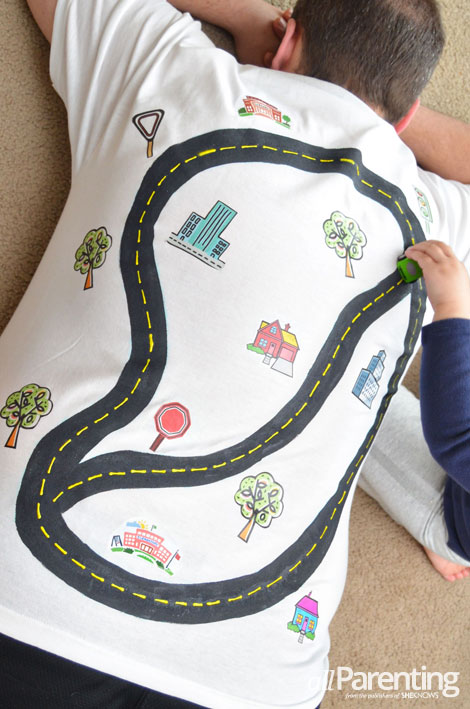 allParenting DIY race track t-shirt