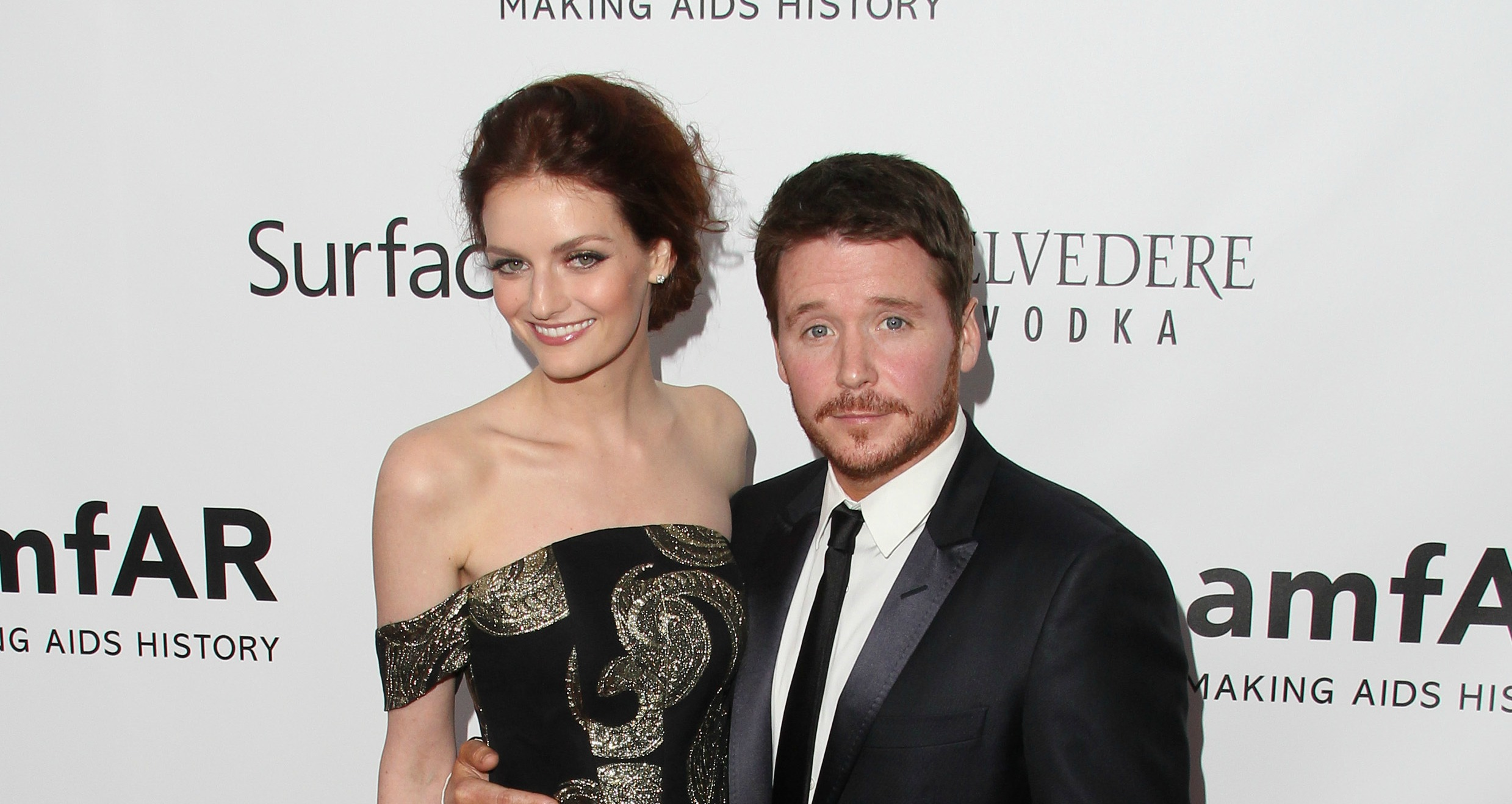 Kevin Connolly with sexy, Girlfriend Lydia Hearst