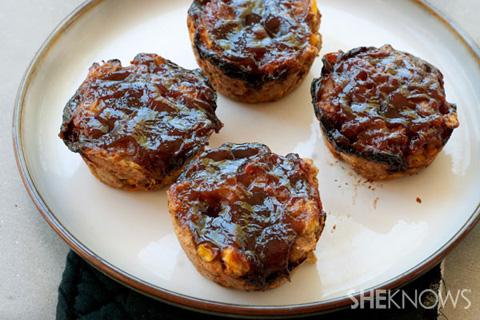 Mini barbecue turkey meatloaves recipe