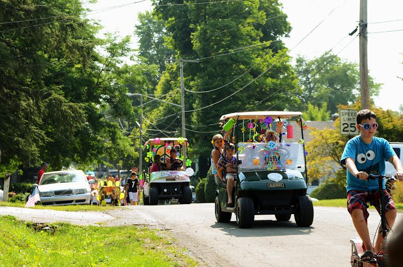 Golf Cart & Bike Summer Parade
