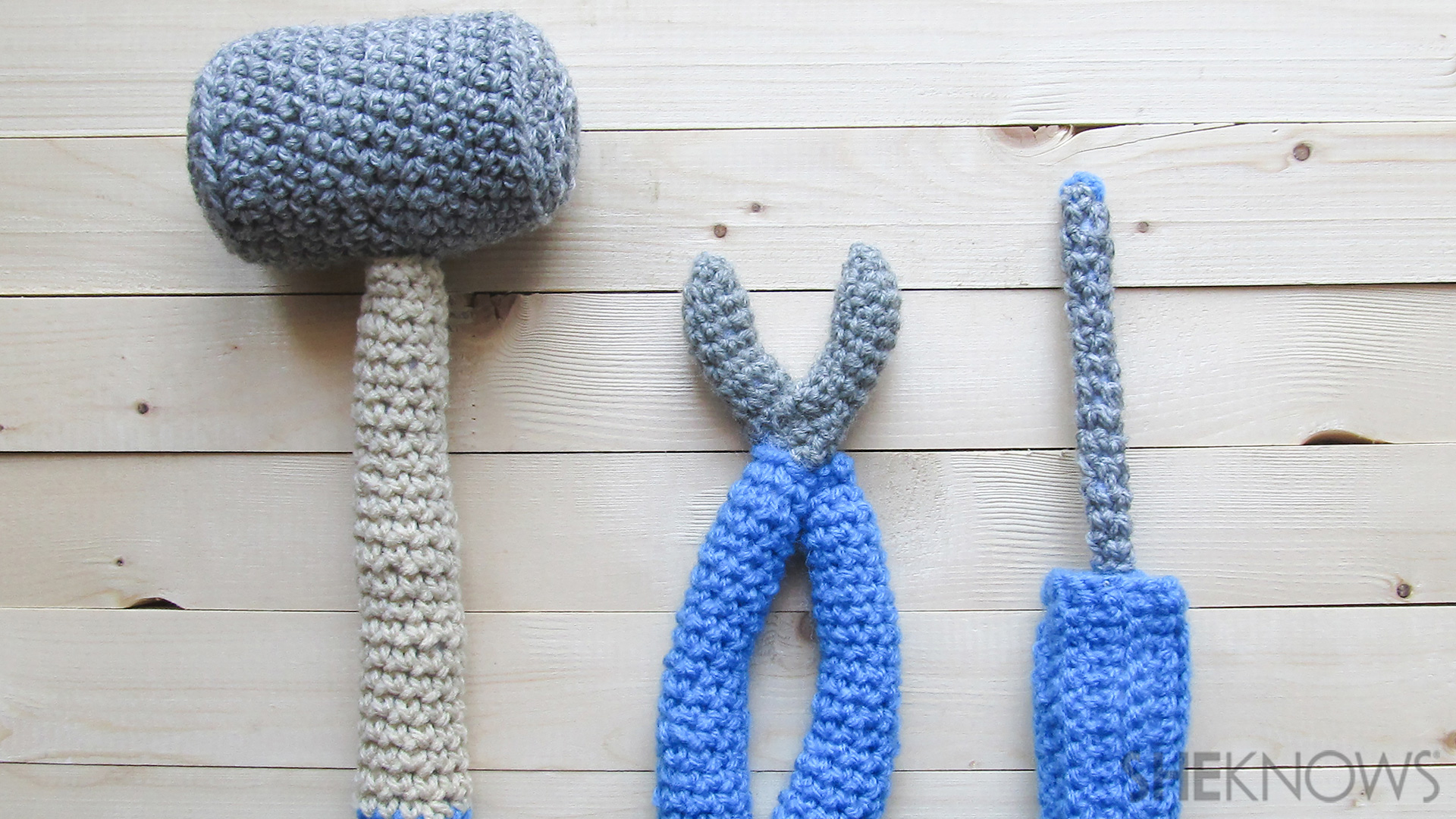Make this cute crochet tool set for Fathers Day