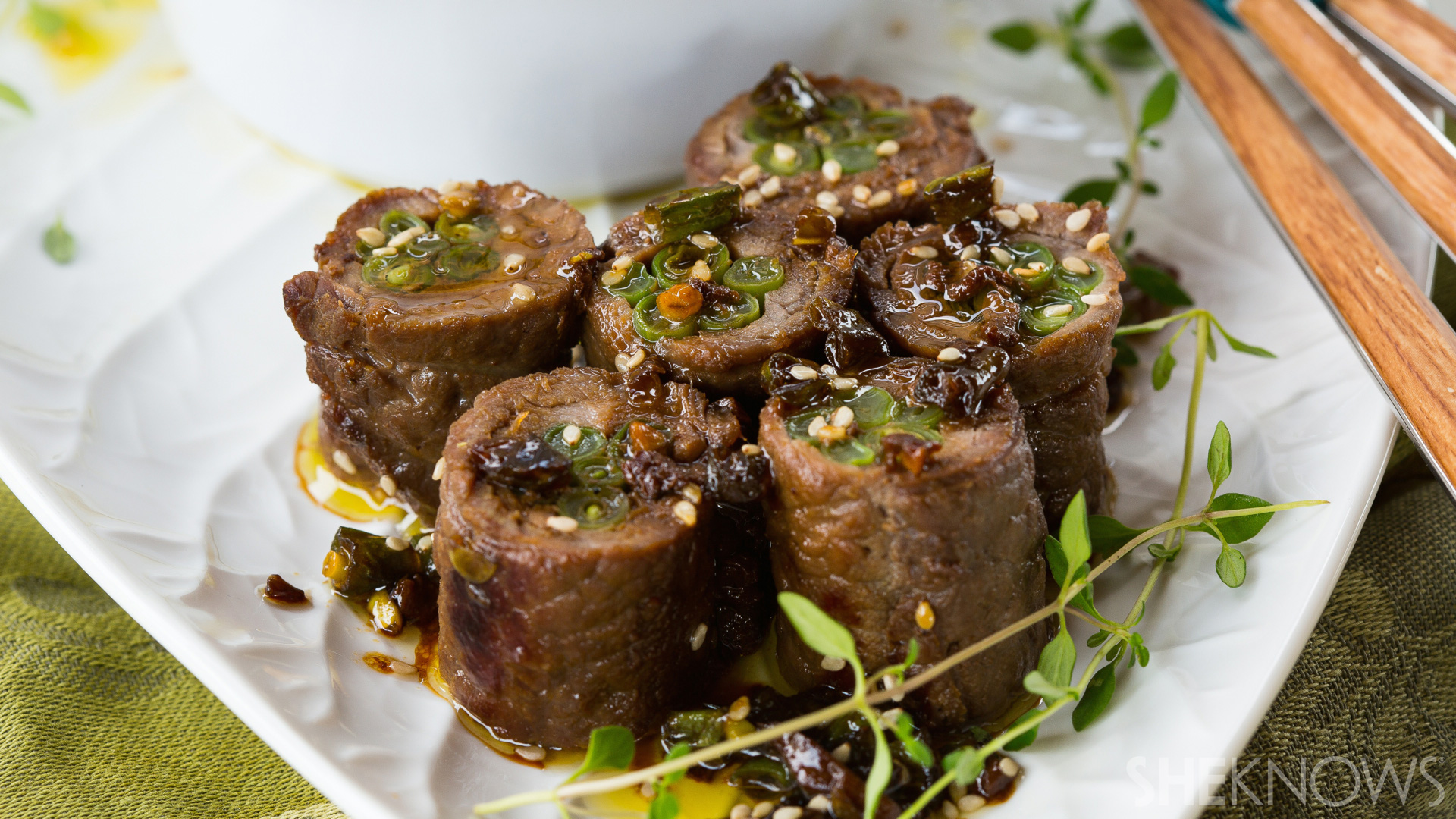 30-Minute teriyaki beef rolls with green beans recipe