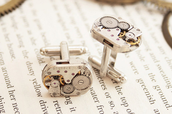 Edgy cufflinks | Sheknows.com