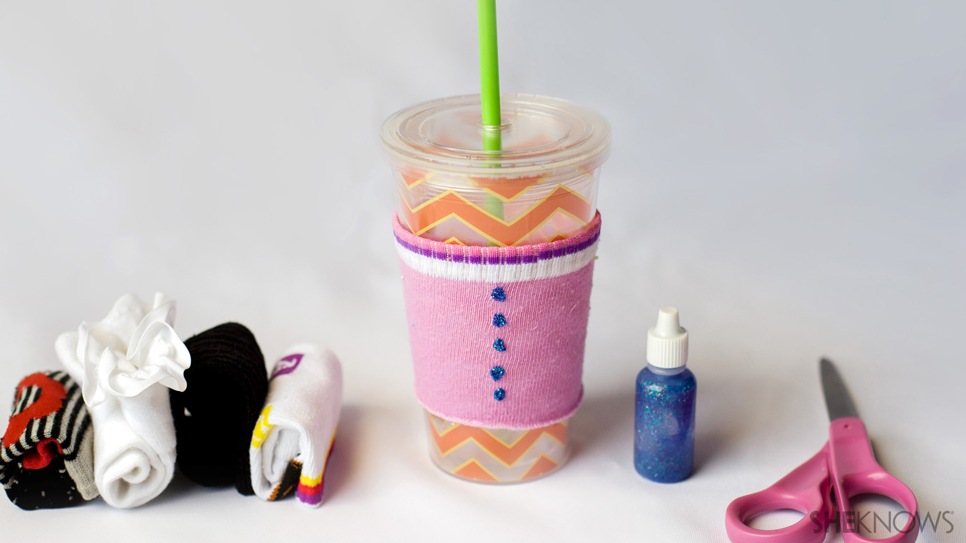 These easy summer projects for kids don't require any sewing