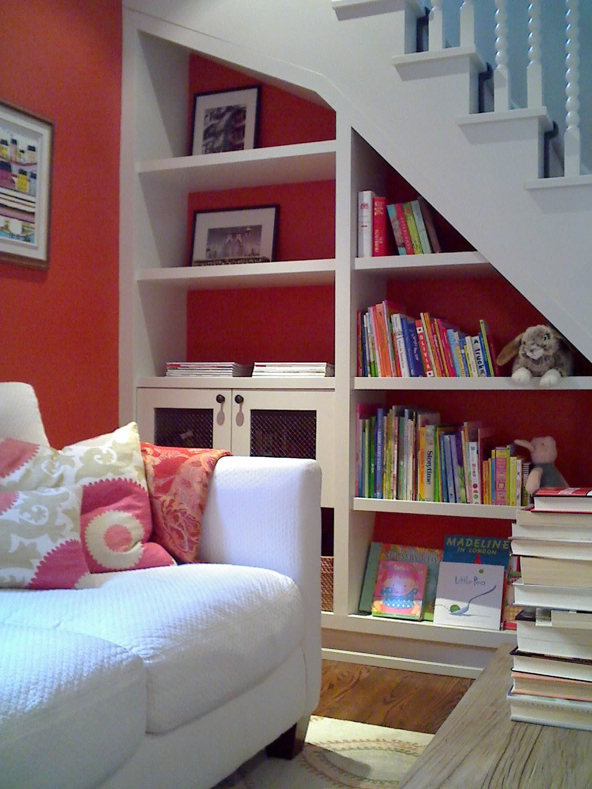 A kid-friendly reading nook