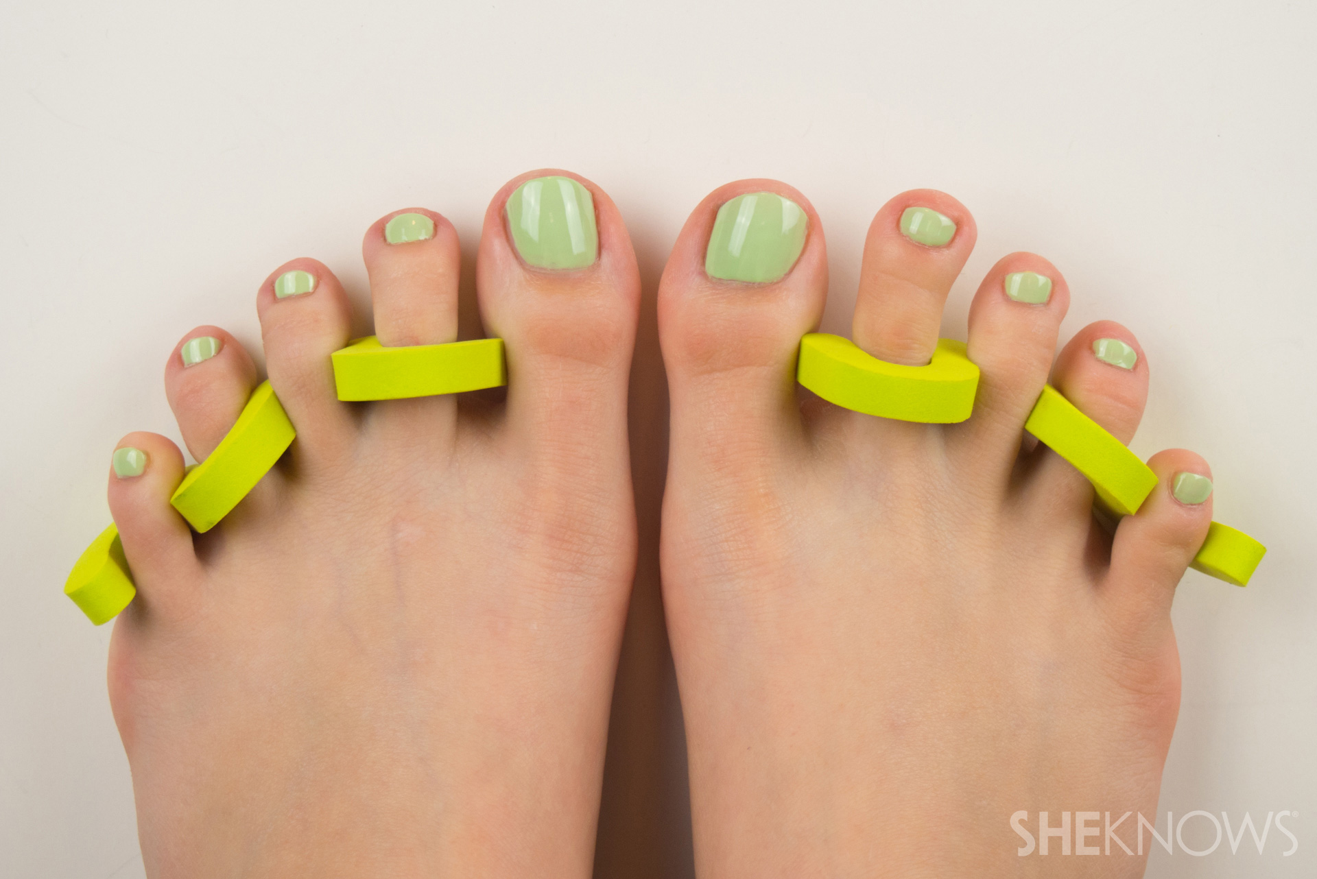 Summery pedicure nail art lessons