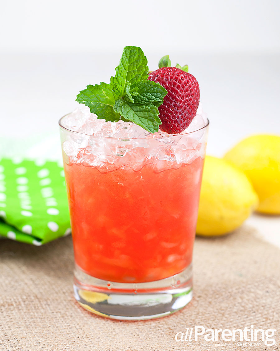 allParenting Strawberry lemonade cocktail