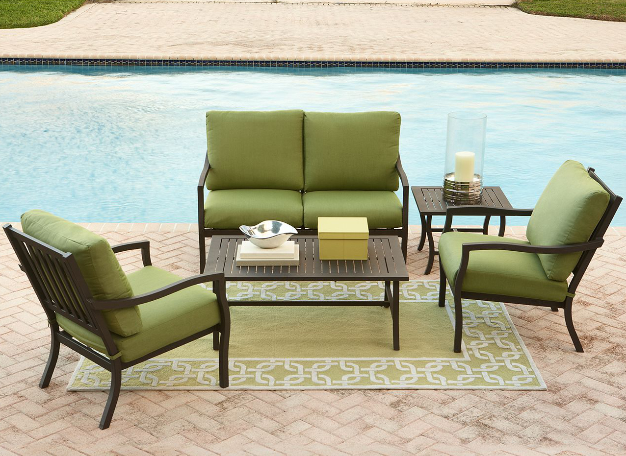 Outdoor living- four-piece Madison set