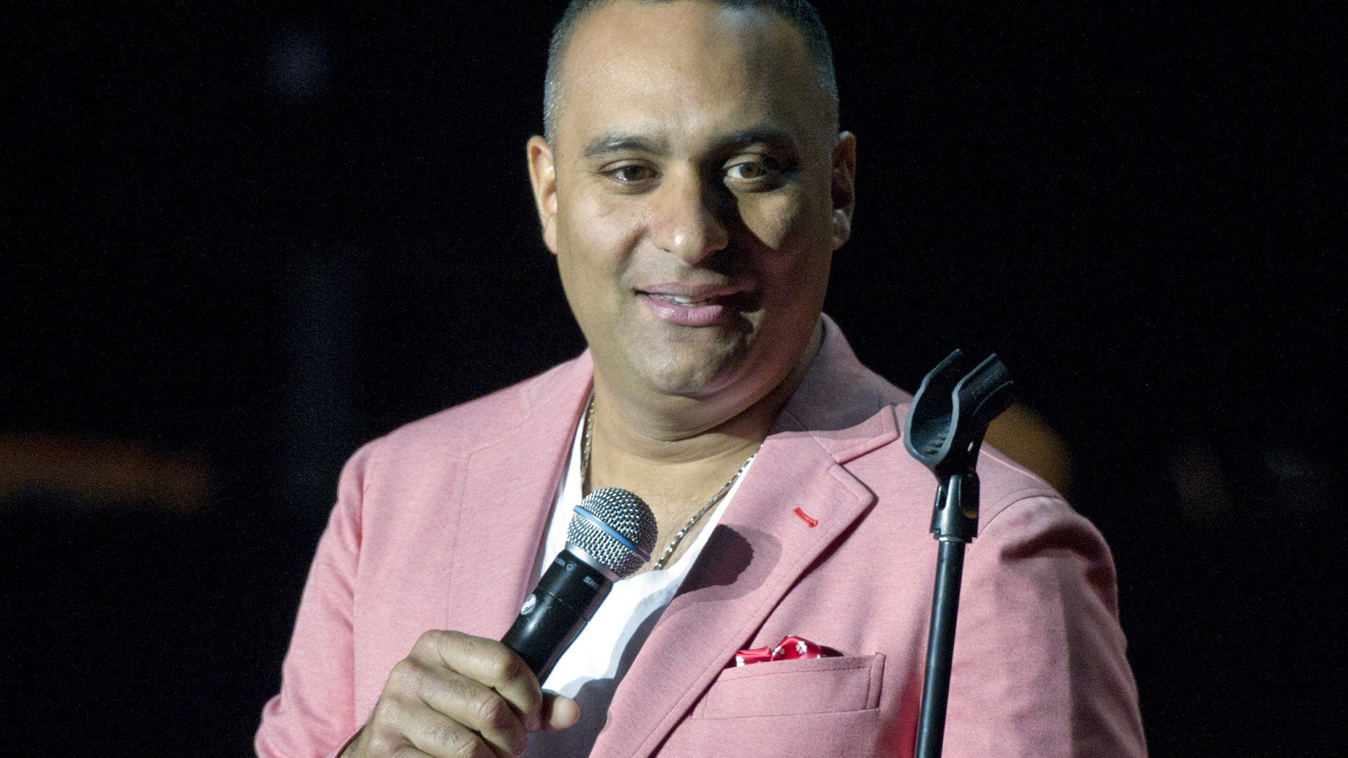 russell peters how to become a canadian
