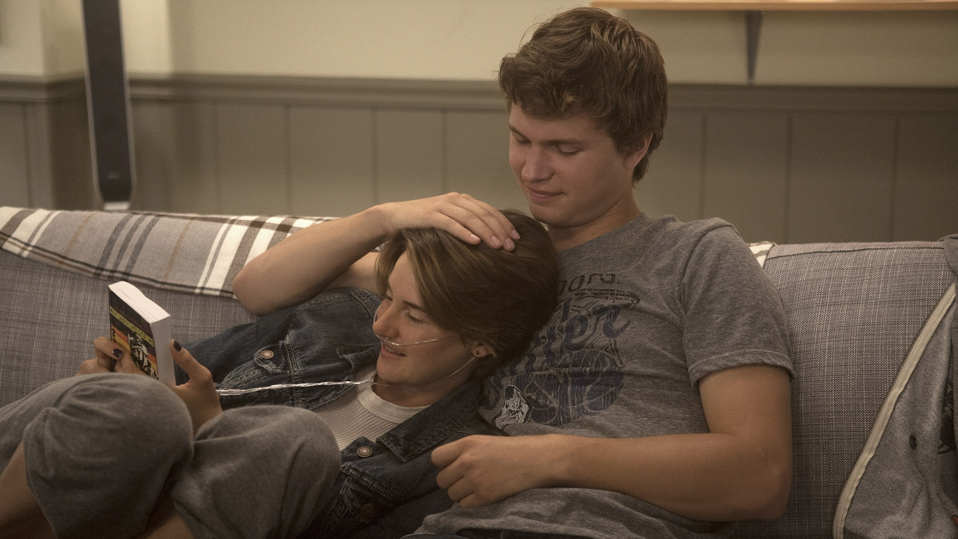 The Fault in Our Stars: 20 Adorable photos of Shailene ...