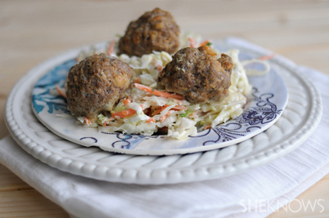Low-carb burger meatballs and slaw