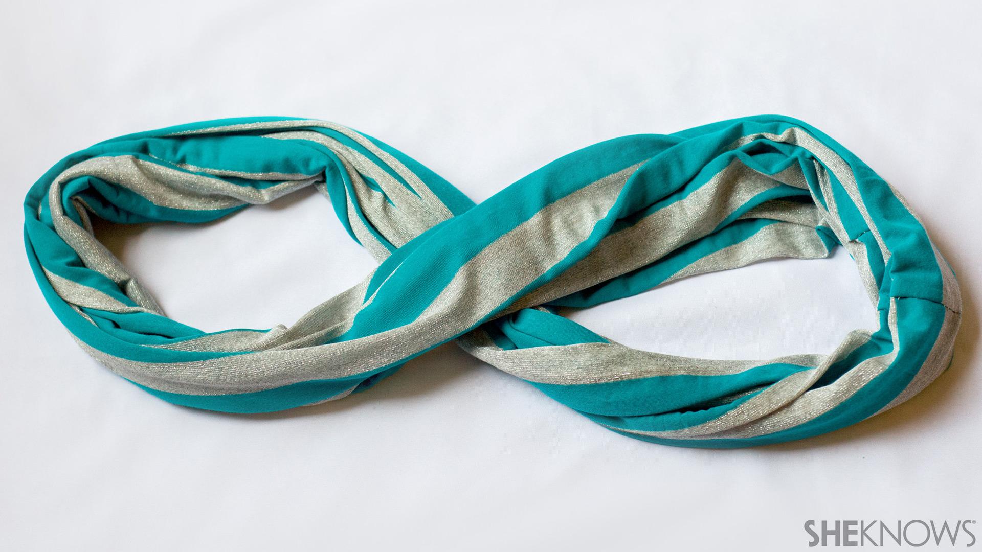 Infinity nursing scarf | Sheknows.com - step 3