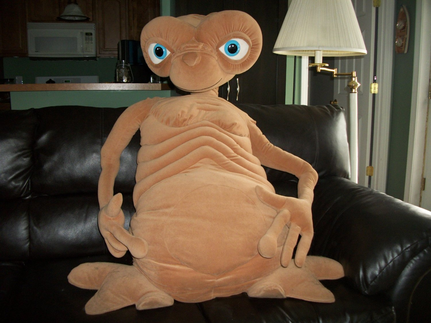 Massive E.T. doll | Sheknows.com