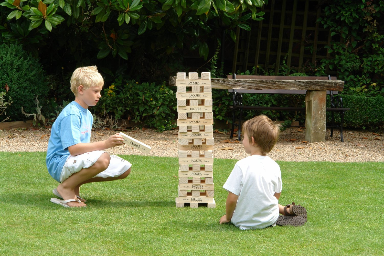 Enormous Jenga blocks | Sheknows.com