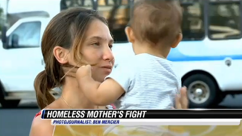 Mom told to cover up while breastfeeding at homeless shelter
