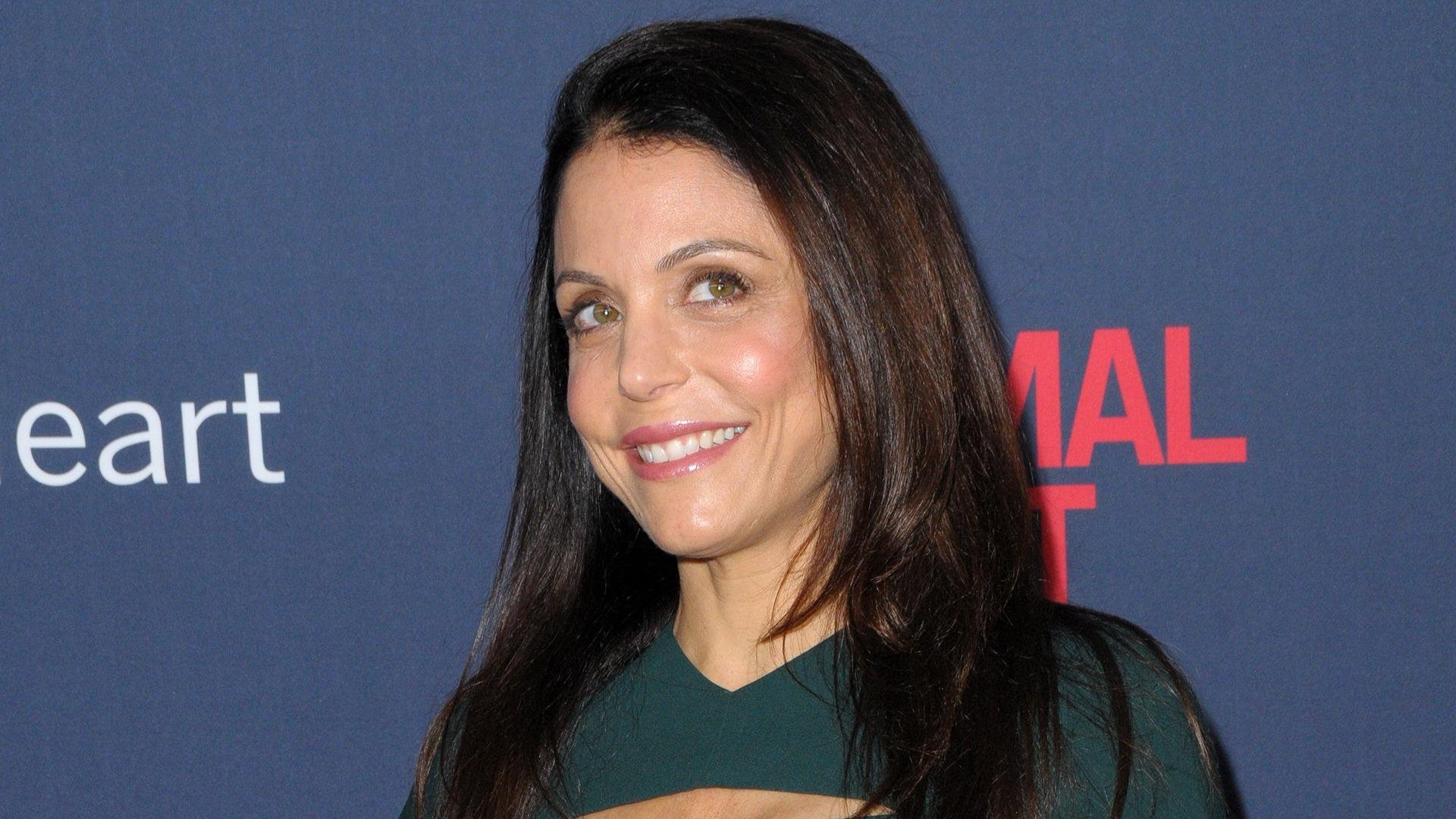 Bethenny Frankle fits in her 4-year-old daughter's clothes
