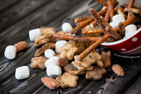 Campfire trail mix