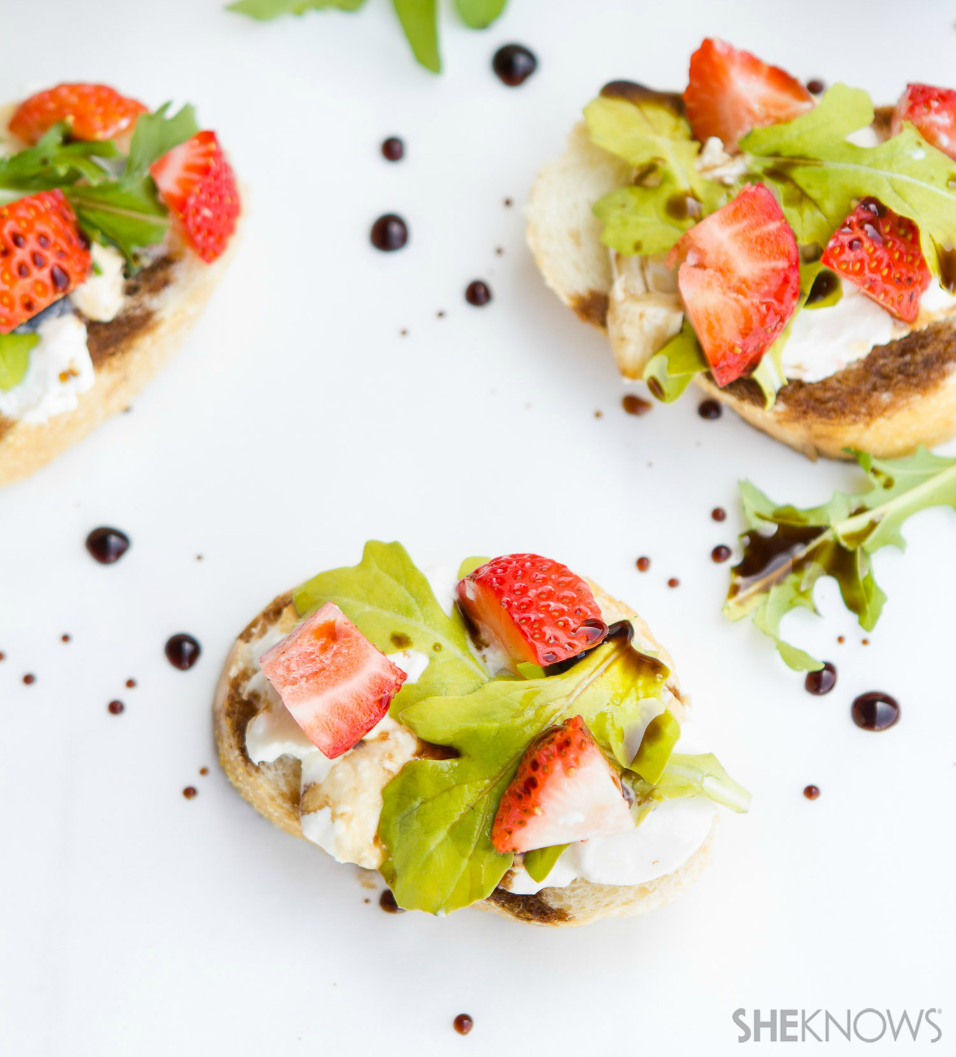 Strawberry burrata bruschetta