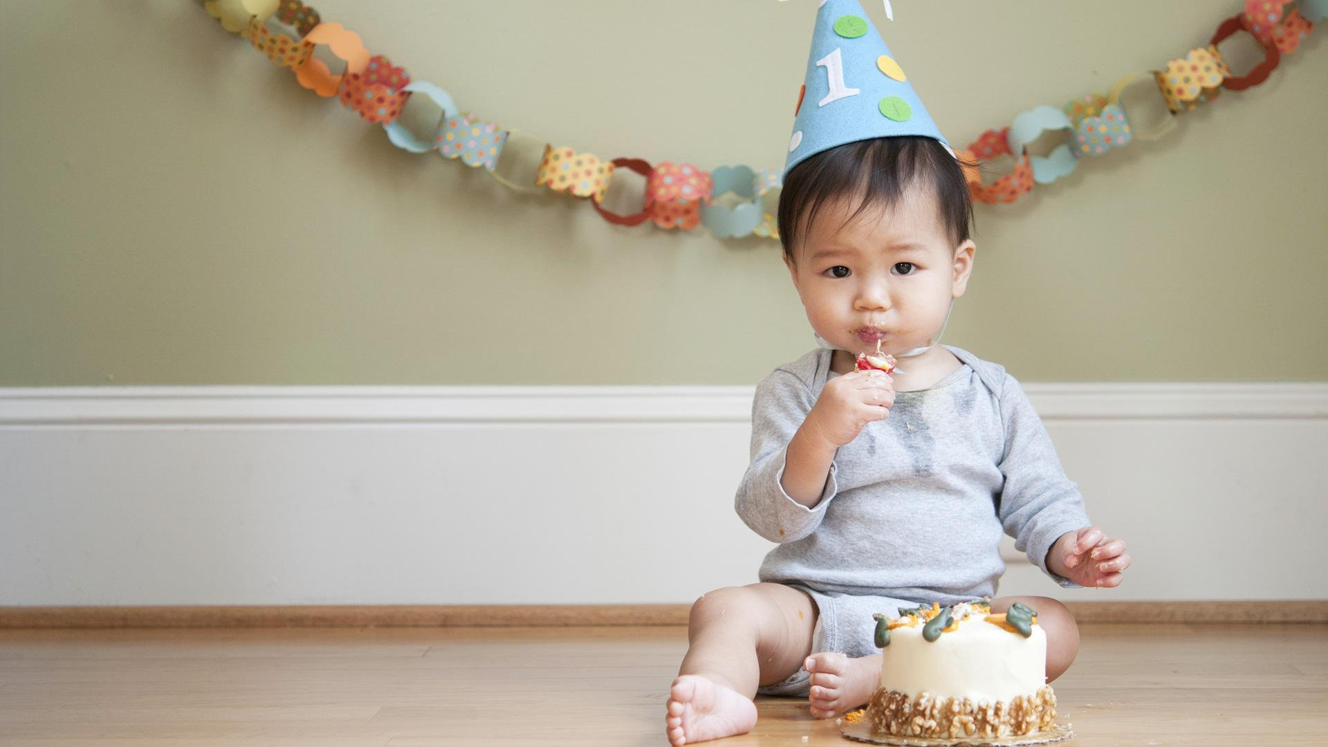Real moms share: What did you do for baby's first birthday?